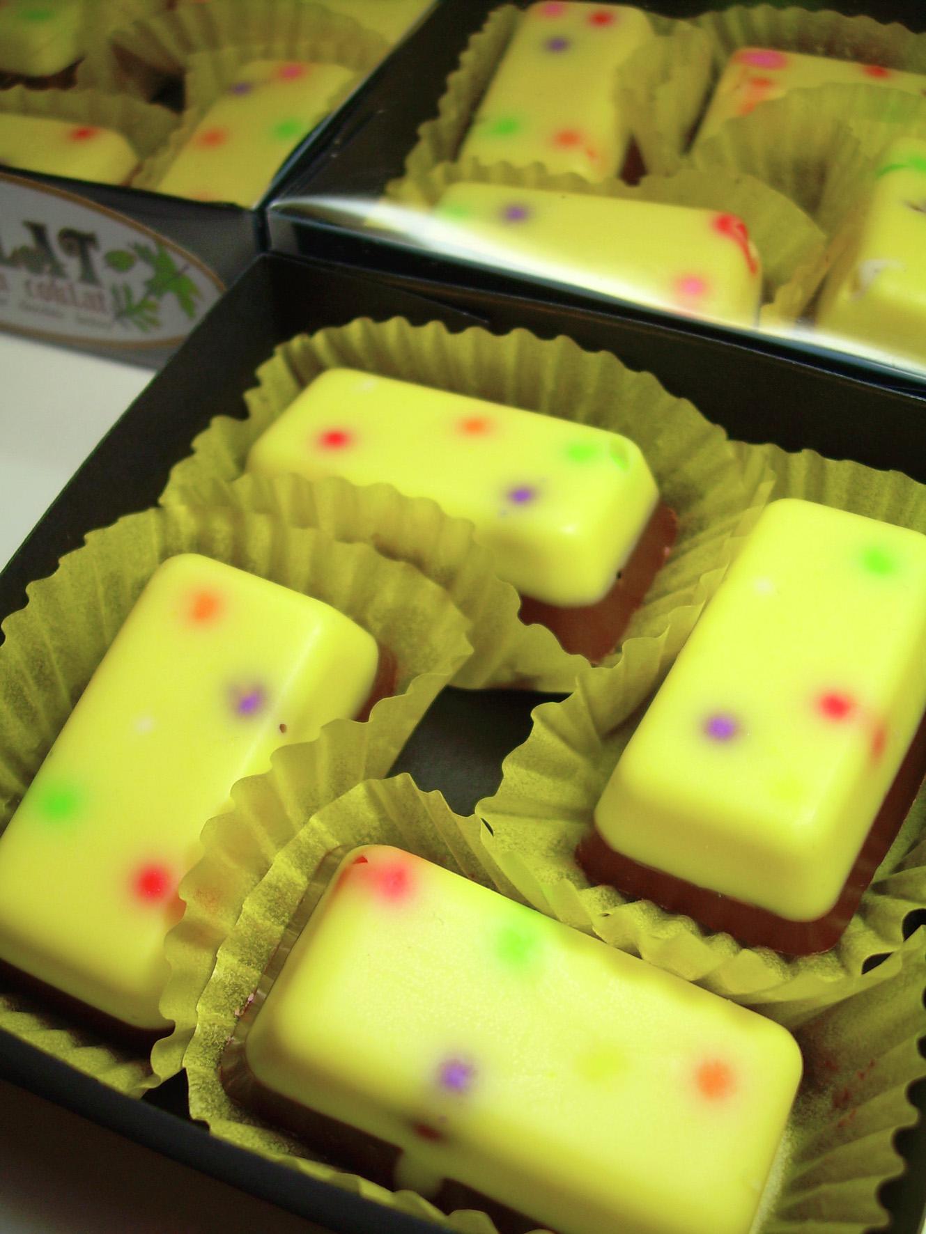 Harga Jual Coklat Pasta Update 2018 Produk Ukm Bumn Suscho Sus Surabaya Cokelat Praline From Solo With Chocolate Tapi Kalau Beraroma Dan Berasa Jeruk Tentu Hanya