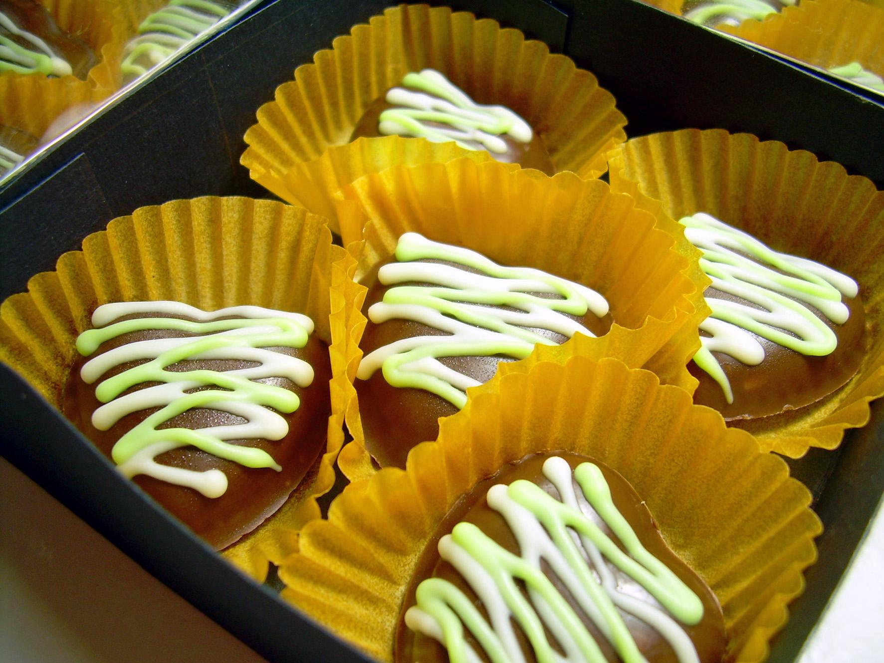 Little Love From Solo With Chocolate Variasi Adalah Rasa Cokelat Yang Umum Diproduksi Oleh Banyak Produsen Coklat Yakni Perpaduan Dengan Potongan Kacang Membawa